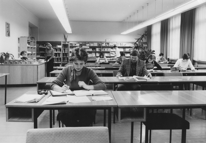 Historie hochschule wismar for Innenarchitektur wismar